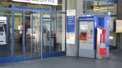 Ab Herbst 2019 wird der SBB-Ticketschalter in Buchs nicht mehr an diesem Standort sein. (Bild Armando Bianco