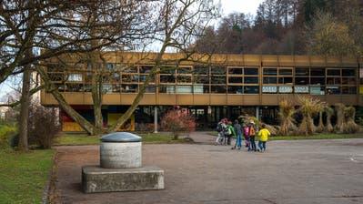 Das Schulhaus Grenzhof in Littau. (Bild: Dominik Wunderli (Luzern,22. November 2016))
