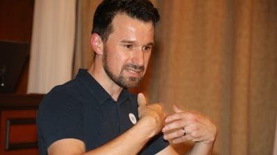 Referent und Jungunternehmer Marcel Wirth. (Bild: Christof Lampart)