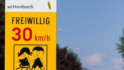 Bei Tempo 30 gilt in Wittenbach künftig ernst. (Bild: Jil Lohse, 26. Mai 2017)