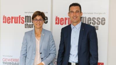 Regierungsrätin Monika Knill und Rico Kaufmann, Vizepräsident des Thurgauer Gewerbeverbands, bei der Medienorientierung eine Woche vor dem Start zur Berufsmesse Thurgau. (Bild: Christof Lampart)