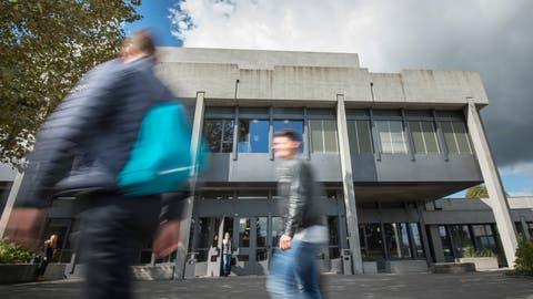 Bis Anfang August 2019 soll der zurzeit verwaiste Lehrstuhl fürInternationales Wirtschaftsrecht und Law & Economics an der Universität St.Gallen wieder besetzt sein. ((Bild: Ralph Ribi))