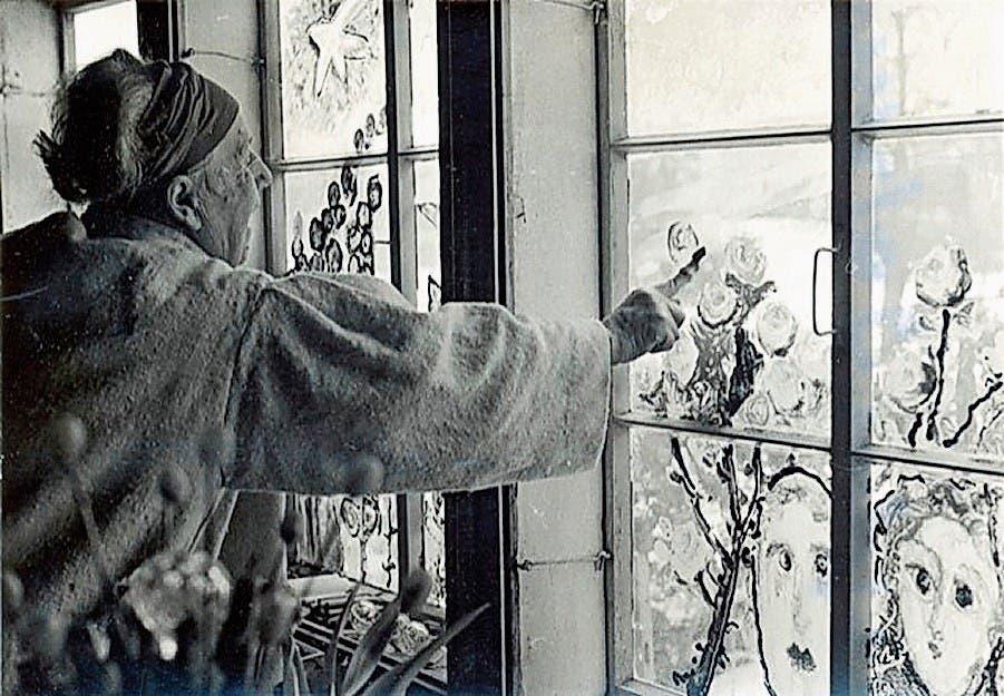 Egal ob mit Finger oder Pinsel: Für Helen Dahm gab es in der Kunst keine Grenzen. (Bild: PD)