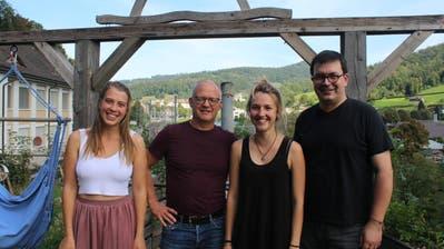 Sarah Brümmer, Jan Colruyt, Marisa Mayer, Andreas Barth (von links) organisieren gemeinsam die Un-Konferenz in der Wirkstadt. (Bild: Corinne Bischof)