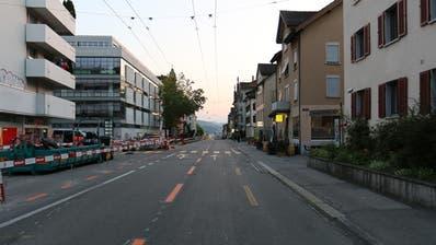 An dieser Stelle der Zürcher Strasse wurde am frühen Samstagabend der Velofahrer vom Auto von hinten angefahren und zu Fall gebracht. (Bild: Stadtpolizei St.Gallen)