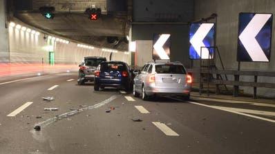 Kollision im Morgenverkehr sorgte fürStau auf der A2 vor dem Sonnenbergtunnel