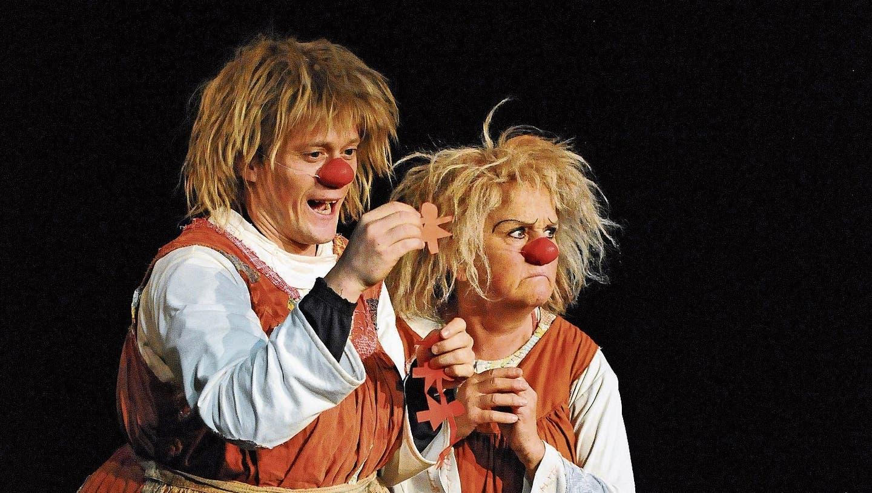 Clownin Gardi Hutter lässt Hannagehen. Hanna will aber nicht gehen