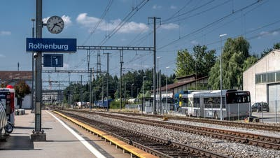 Projekte wie der Ausbau des Bahnhofs Rothenburg Station hätten gemäss den Initianten schneller realisiert werden können. (Bild: Pius Amrein, 20. August 2018)