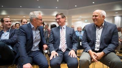 Oliver Gröble (parteilos) erreichte im ersten Wahlgang nur 27 Stimmen weniger als Norbert Näf (CVP). Abgeschlagen auf dem dritten Platz landete FDP-Kandidat Georges Gladig (von links).
