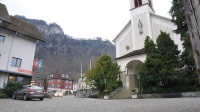 Der Dorfplatz in Hergiswil. Das Lopperdorf ist die zahlungskräftigste Gebergemeinde. (Bild: Matthias Piazza (Hergiswil, 26. Januar 2018))