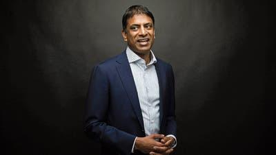 Vas Narasimhan will den Abbau möglichst sozialverträglich gestalten. (Bild: Simon Dawson/Bloomberg; London, 24. Juli 2018)