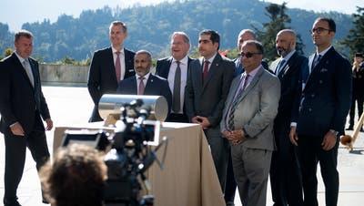 Die Delegation aus Katar bei der offiziellen Einweihung auf dem Bürgenstock (Bild: Corinne Glanzmann (Bürgenstock, 28. September 2018))