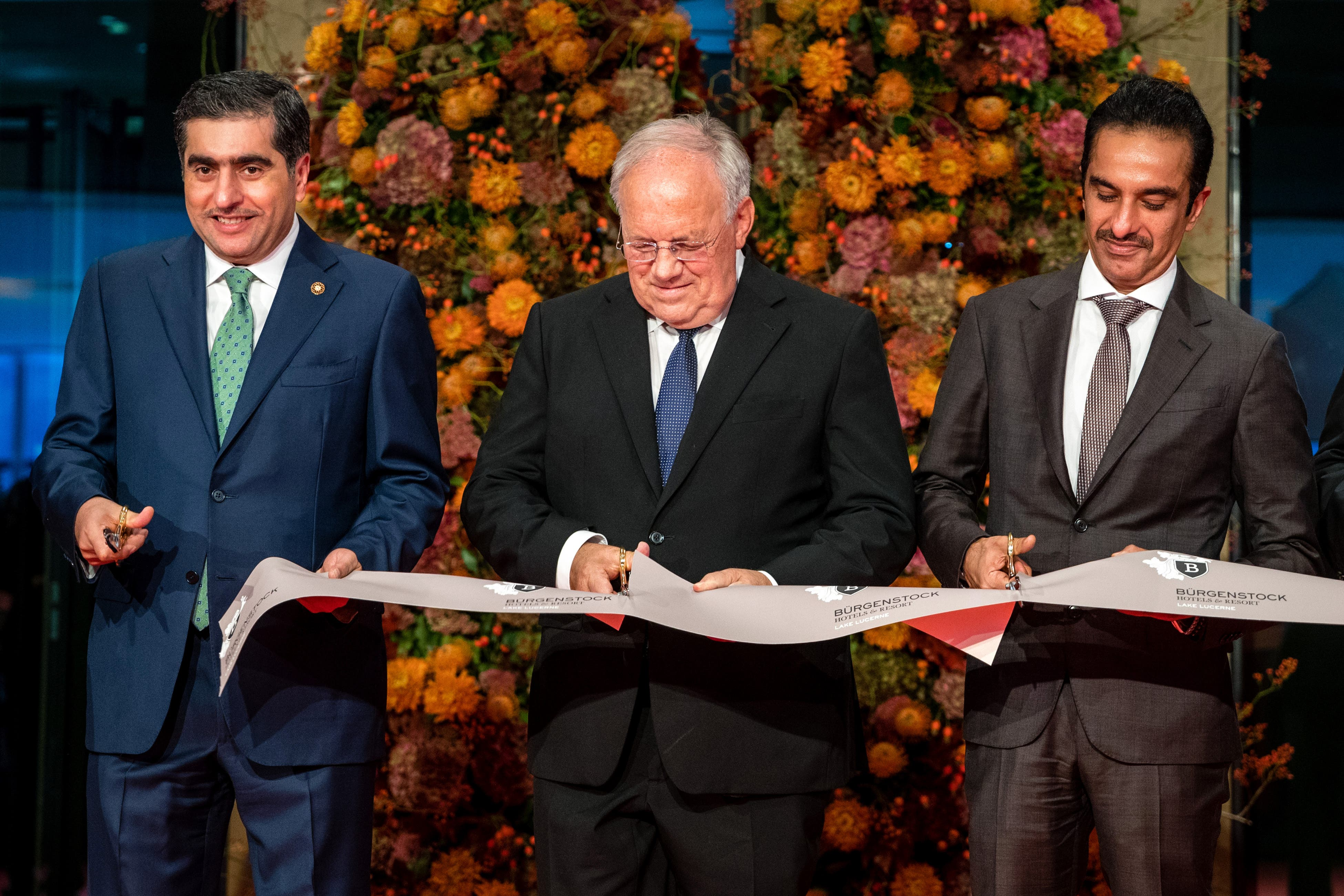 Hamad Abdulla Al-Mulla, Bundesrat Johann Schneider-Ammann und Scheich Nawaf bin Jassim bin Jabor Al-Thani. (Bild: Philipp Schmidli, 28. September 2018)