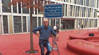 Nach Plakataktion auf St.Galler Raiffeisenplatz: Kritiker trifft sich mit mit Raiffeisen-Chef Patrik Gisel