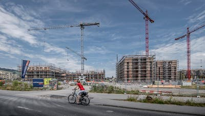 Das im Bau befindliche Schweighof-Quartier in Kriens soll - neben einigen anderen Gebieten - an die See-Energie-Versorgung angeschlossen werden. (Bild: Pius Amrein)