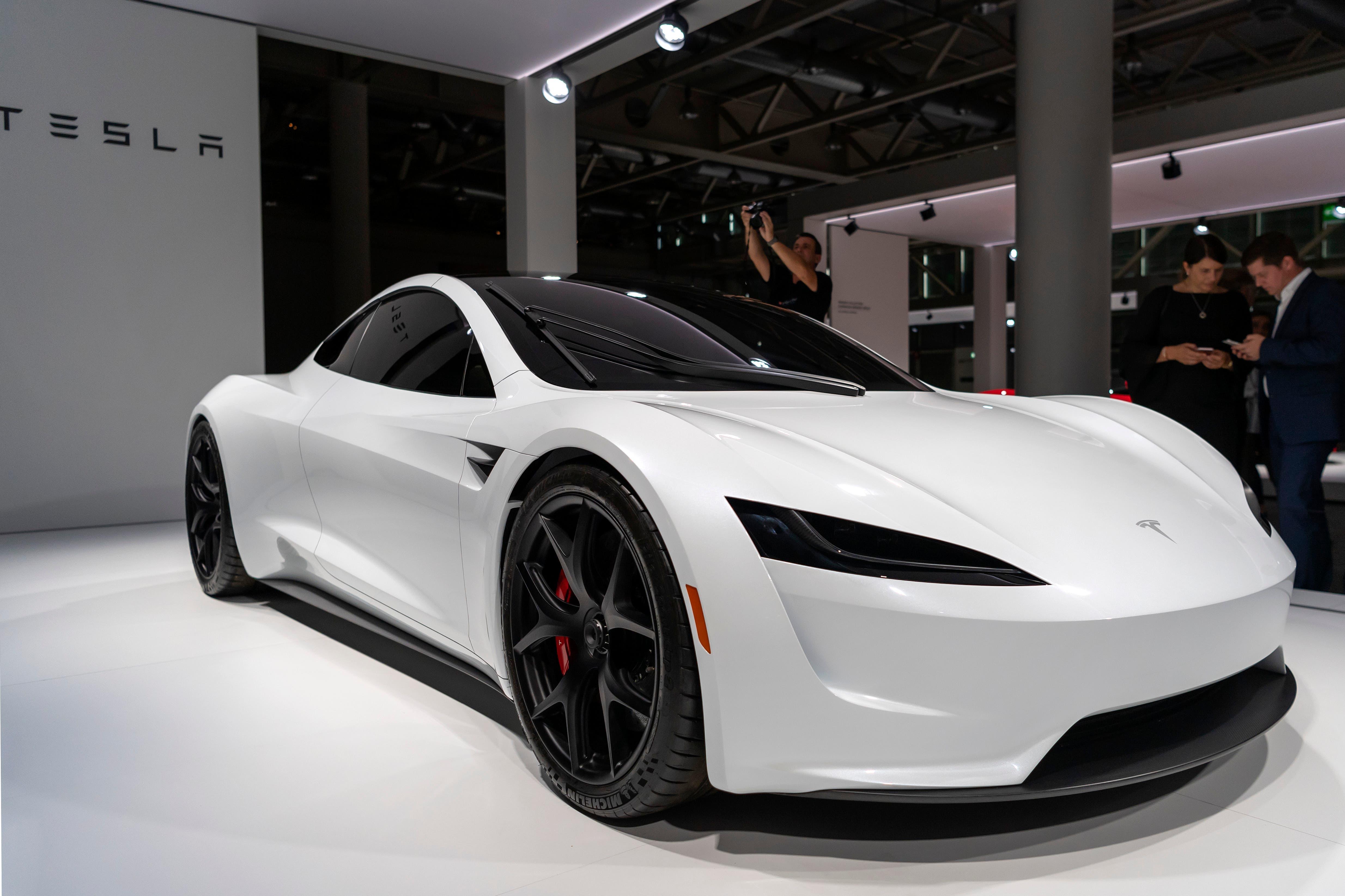 Zum ersten Mal zu sehen: der neue Tesla Roadster...