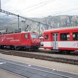 Regionalzug der Matterhorn-Gotthard-Bahn prallt in Stein - keine Verletzten
