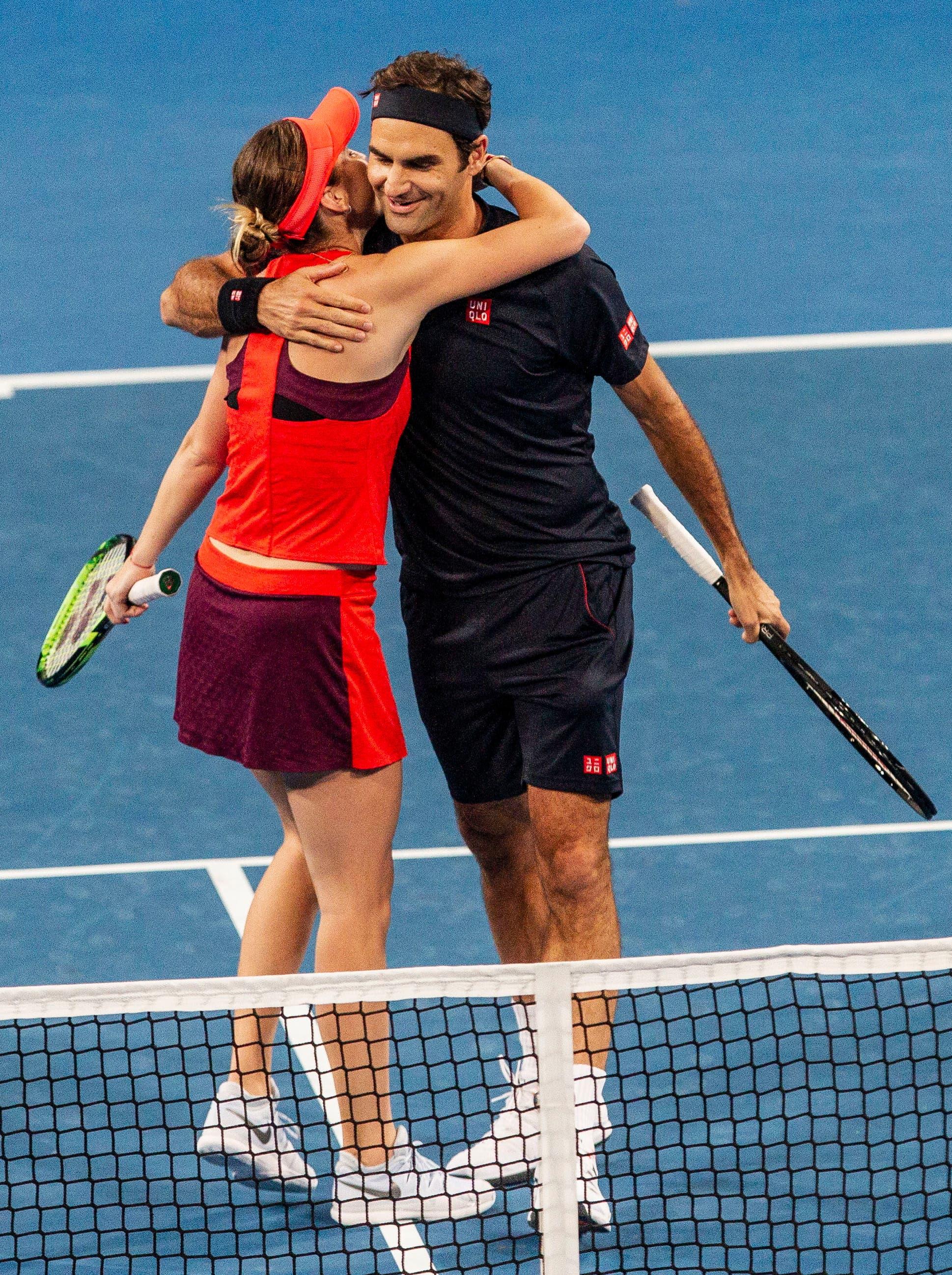 Belinda Bencic and Roger Federer gewinnen auch die Spiele gegen die USA. (Bild: KEYSTONE/AP/TREVOR COLLENS)