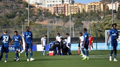 Alain Wisshat sich während des Spiels am linken Knie verletzt. (Bild: Manuel Nagel)