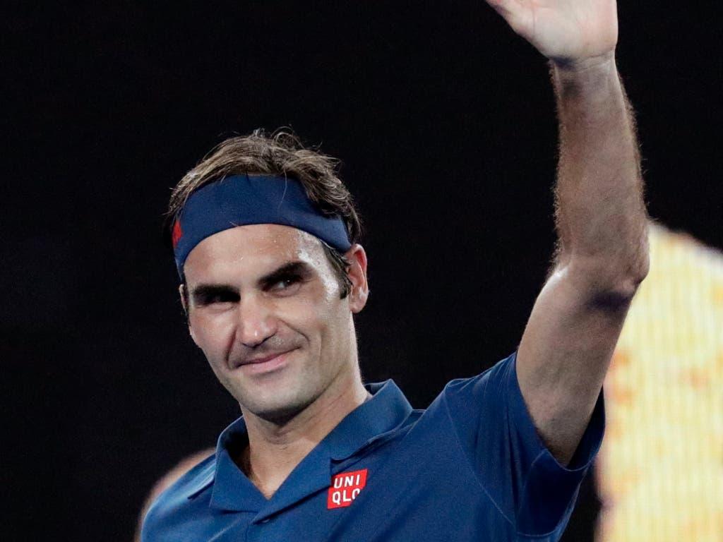 Roger Federer bedankt sich bei den Tausenden von Fans in Melbourne (Bild: KEYSTONE/AP/AARON FAVILA)