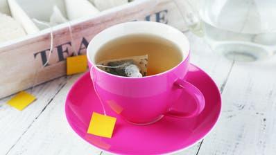 Das Kantonale Laboratorium Thurgau hat 26 Teesorten genauer unter die Lupe genommen. (Bild: Fotolia)