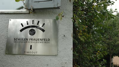 Der Eingang zur «Timeout»-Liegenschaft an der Lachenackerstrasse in Frauenfeld. (Bild: Nana do Carmo)
