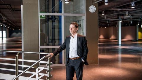 Die grosse Leere:Walter Baumann, Leiter Bau/Immobilien bei der Migros Luzern im ehemaligen MParc. (Bild: Nadia Schärli (Ebikon, 11. Januar 2019))