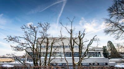 Blick auf das Hauptgebäude der Universität St.Gallen. (Bild: Urs Bucher)