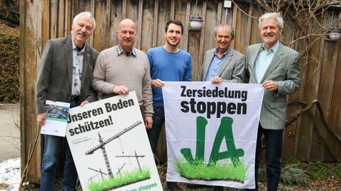 Vertreter der unterstützenden Organisationen: Toni Kappeler, Stefan Mischler, Simon Vogel, Kurt Egger und Peter Wildberger. (Bild: Christof Lampart)