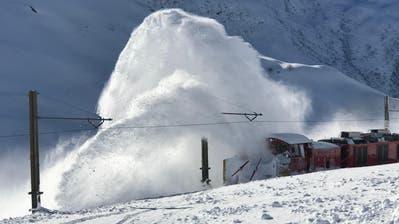 Eine Schneeräumung der anderen Art: Dieses Video sorgt im Netz für Furore