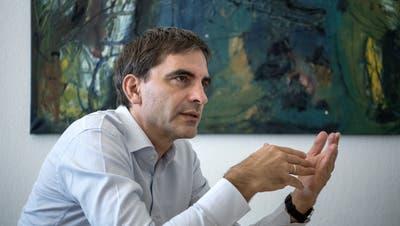 Der frühere Chefökonom des Bundes Aymo Brunetti sagt: Die hohen Wachstumsraten vieler Industrieländer sind trügerisch. (Bild: Pius Amrein, 26. September 2018).
