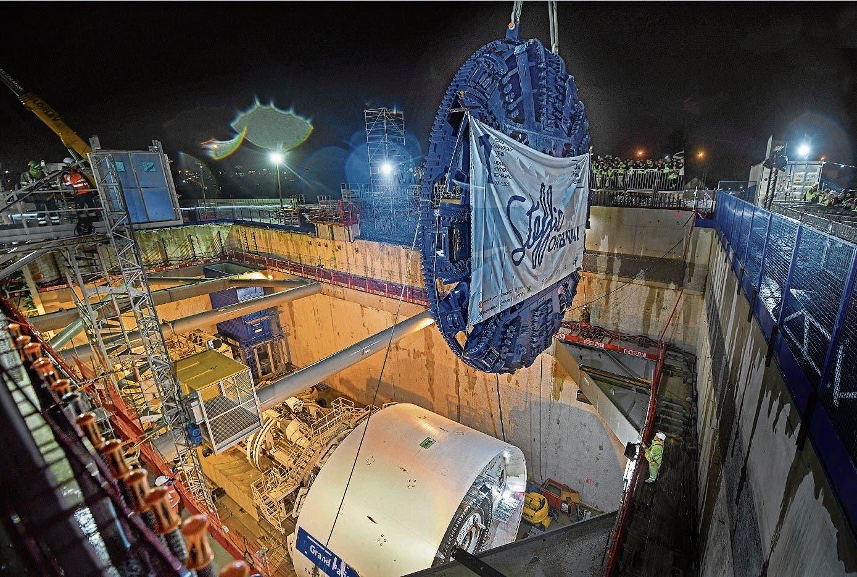 Montage der zweiten Tunnelbohrmaschine auf der Linie 15 Süd Los T2C. (Bild: Hansjörg Egger)