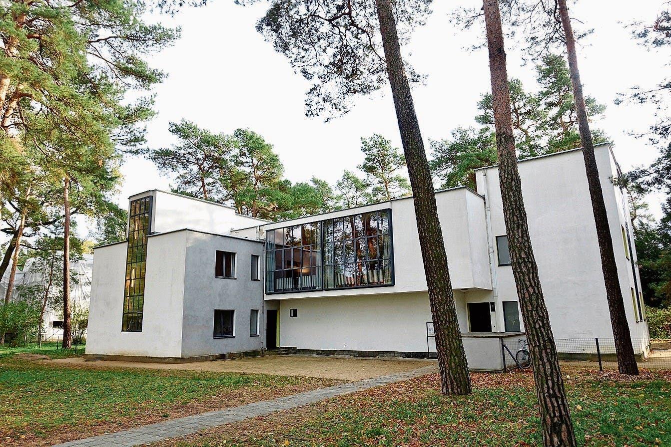 Meisterhäuser in Dessau, 1926 von Gropius für die Bauhausmeister erbaut.