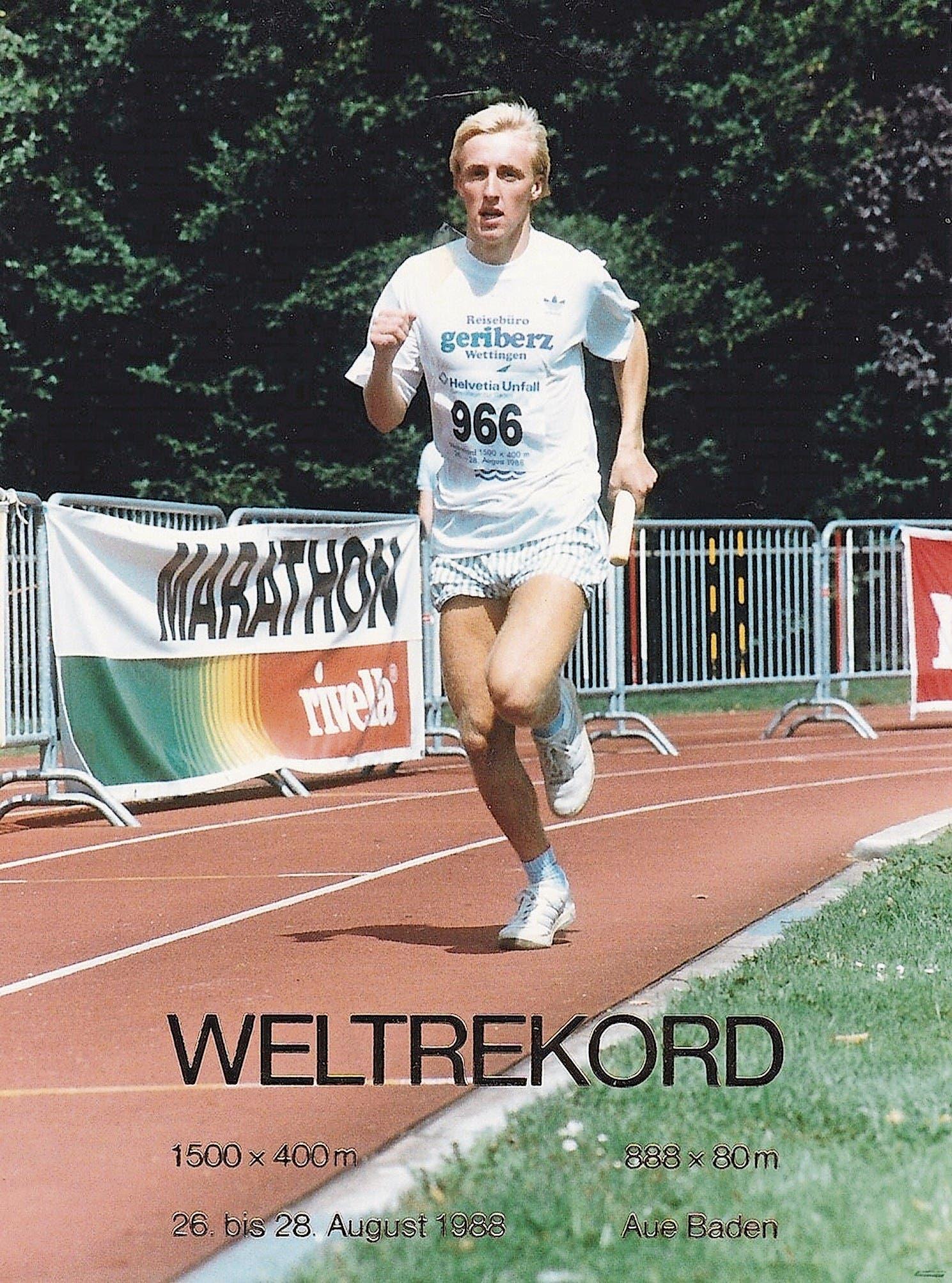Sportredaktor Rainer Sommerhalder vor 30 Jahren in der Badener Aue. (Bild: privat)