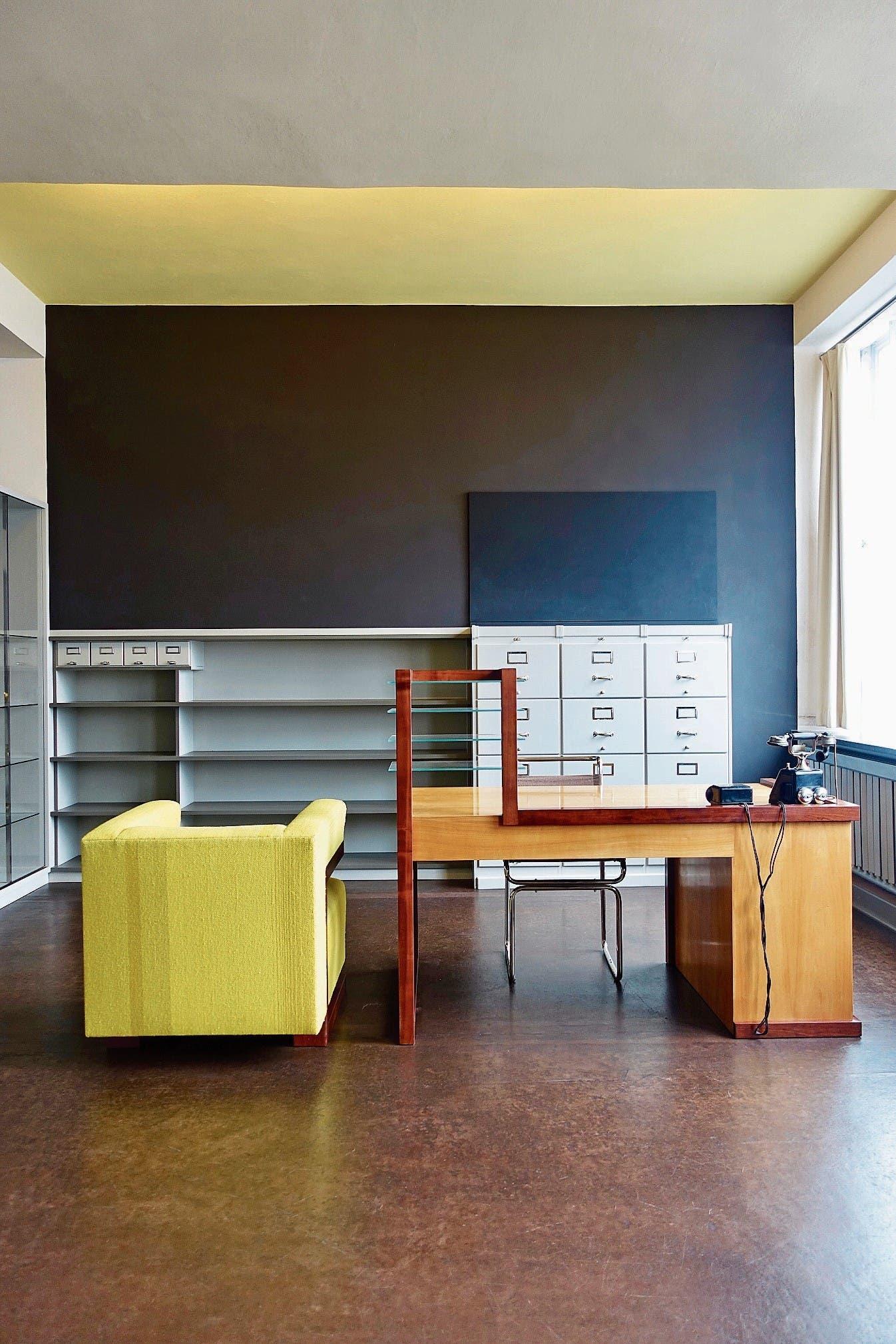 Direktionszimmer von Walter Gropius im Bauhaus Dessau.