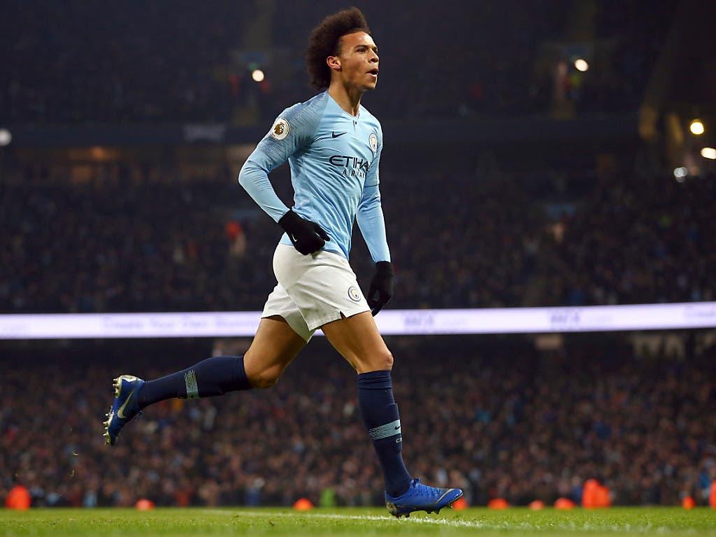 Leroy Sané schoss Manchester City im Spitzenspiel der Premier League gegen Liverpool zum Sieg. Der deutsche Internationale traf nach 72. Minuten zum 2:1 (Bild: KEYSTONE/AP/DAVE THOMPSON)