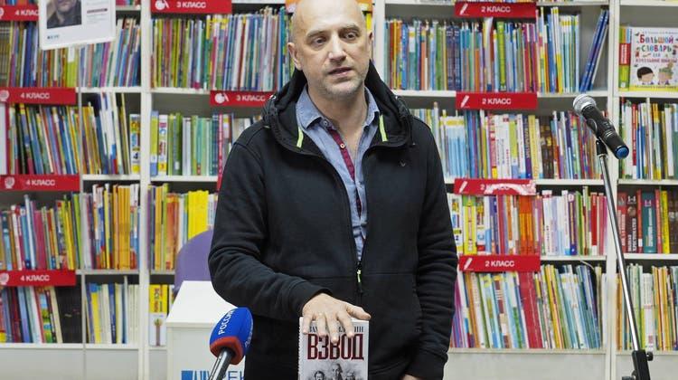 Schriftsteller Sachar Prilepinbei einer Präsentation seines Buches «Der Zug» im russischen Wolgograd.(Dmitry Rogulin\Getty, 15. Februar 2017)
