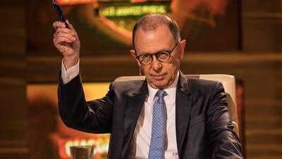 """Viktor Giacobbo in der letzte Sendung der Late Night Show """"Giacobbo/Mueller"""" im Dezember 2016. (Bild: SRF)"""