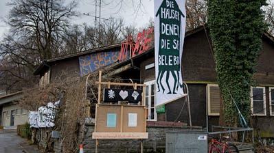 Die Bewohner des«Eichwäldli» am Murmattwegwollen nicht ausziehen. (Bild: Corinne Glanzmann (Luzern, 02. Januar 2019))