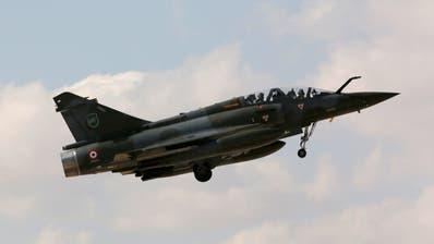 Französisches Kampfflugzeug vermisst - Trümmer gefunden