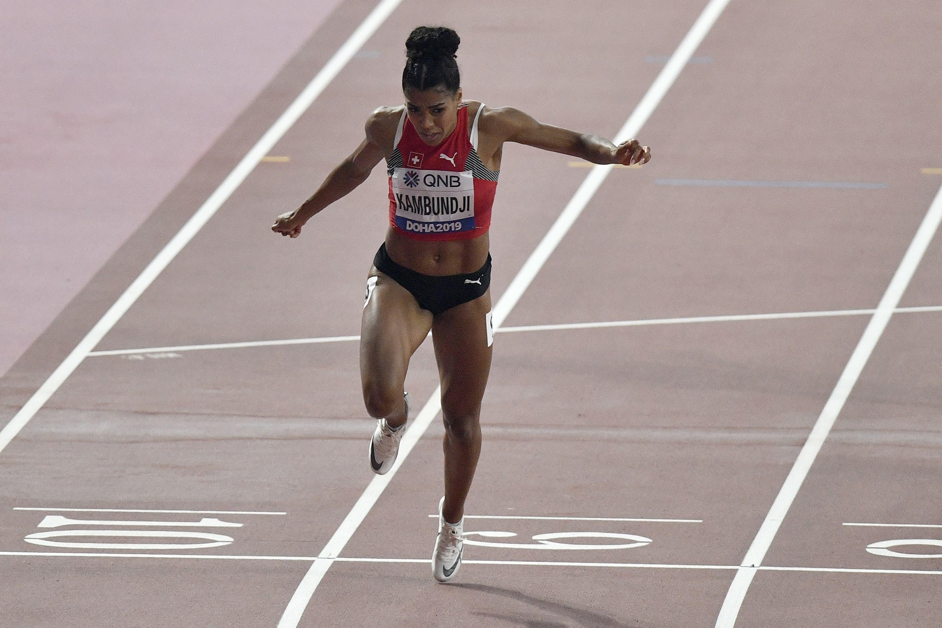 Schweizer Sprinterin Mujinga Kambundji jubelt über ihren ersten WM-Final (Bild: MARTIN MEISSNER)