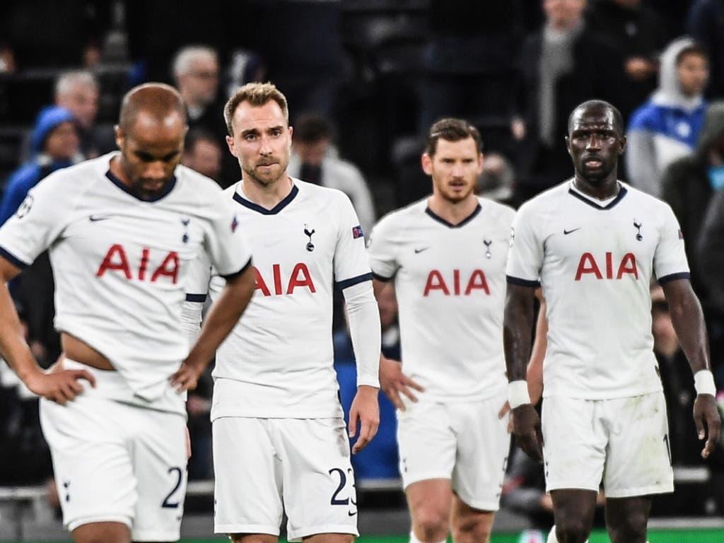 Die Spieler von Tottenham Hotspur sind bedient (Bild: KEYSTONE/EPA/ANDY RAIN)
