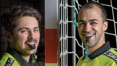 Die internationalen Spitzenschiedsrichter Arthur Brunner (links) und Morad Salah. (Bild: Michel Canonica)