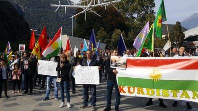 Kurden-Demos in Zürich und Bellinzona gegen türkische Angriffe