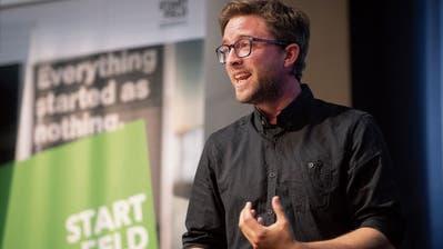 «Wenn sich die Welle am Aufbauen ist»: Daniel Baur, Co-Gründer des Start-ups eMonitor AG. (Bilder: Ralph Ribi)