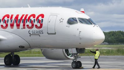Bleiben zumindest teilweise am Boden: Die 29 Bombardier-Jets der Swiss. (Bild: Keystone)