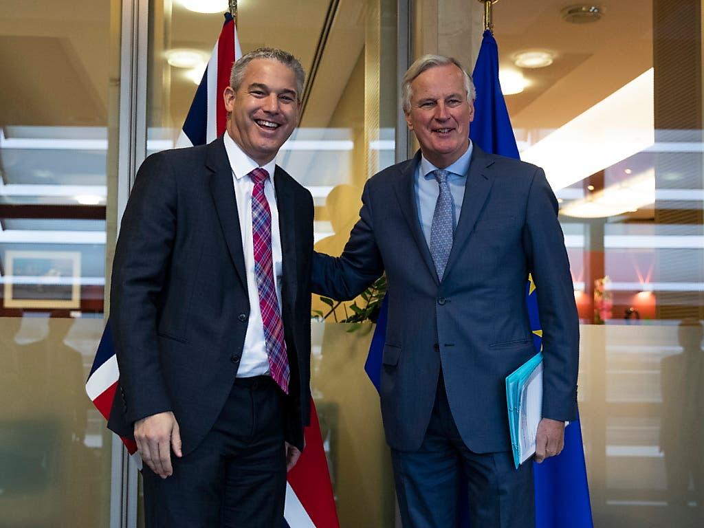 Der britische Brexit-Minister Stephen Barclay (l.) und EU-Brexit-Unterhändler Michel Barnier glauben daran, dass eine Vereinbarung in den kommenden Tagne möglich ist. (Bild: KEYSTONE/EPA AP POOL/FRANCISCO SECO / POOL)