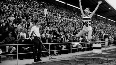 Ein Stück Schweizer Sportgeschichte: Das internationale Leichtathletik-Meeting in Zürich im Jahr 1967. (Bild: ETH-Pics)