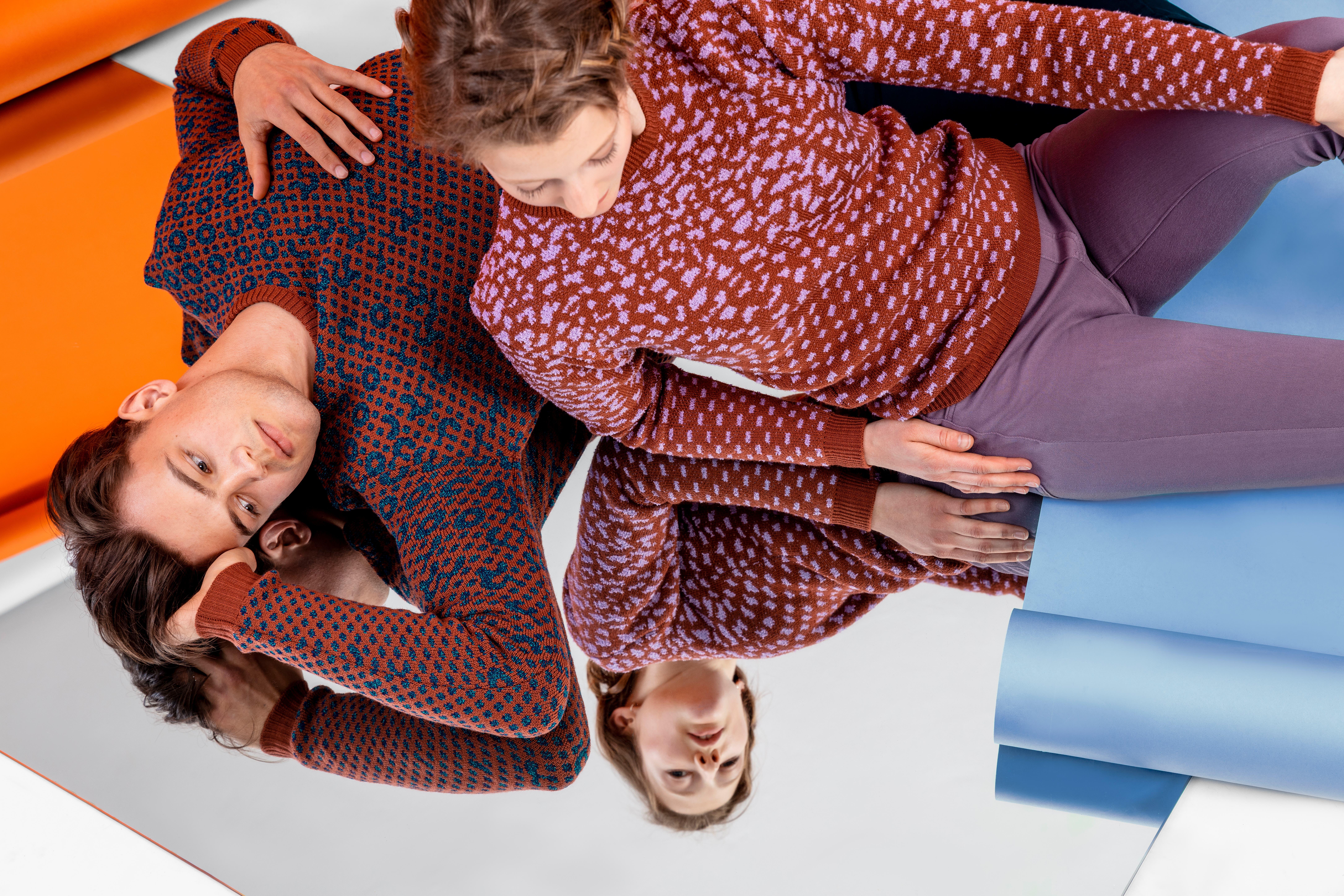 Pullis des jungen Schweizer Desginlabels Feel a Fil fühlen sich besonders weich auf der Haut an. Diese Modelle kosten je 349 Franken. Bild: Johanna Unternährer