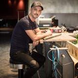 Mitten im Umbau: Dashmir Ljoki in seiner künftigen Bar. (Bild: Reto Martin)
